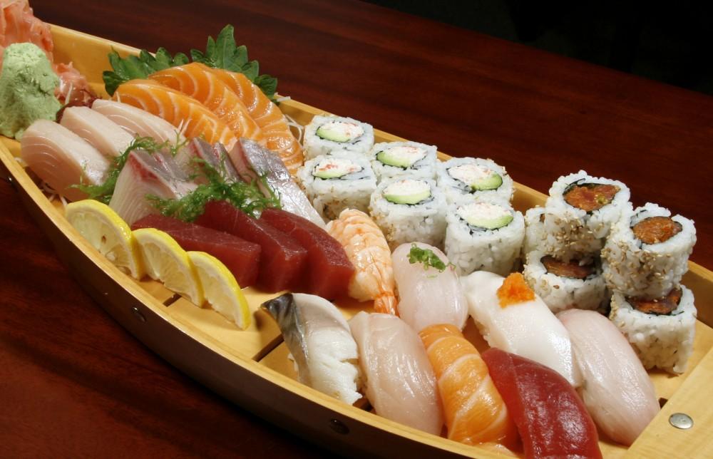 Sushi-Boat-nozawa-sushi-vail-eagle-avon-colorado-e1437507579548