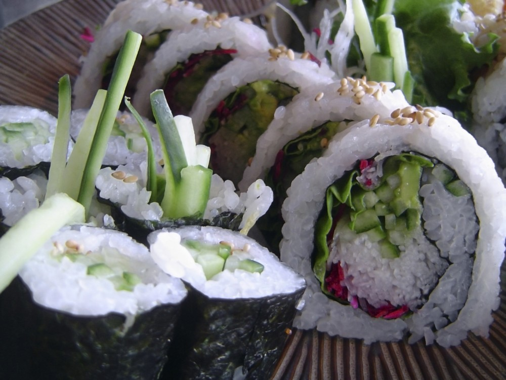 Vegetable-Roll-nozawa-sushi-vail-eagle-avon-colorado-e1437507736509